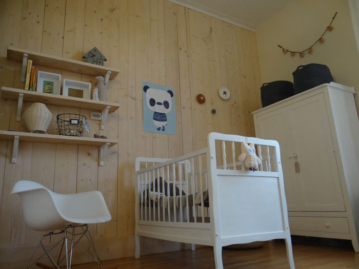 Lamp Kinderkamer Wand : Diy: steigerhoutenwand livelovehome