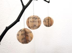 kerstballen bladmuziek