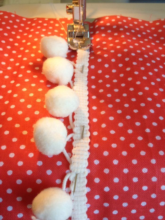 dekbed onder naaimachine