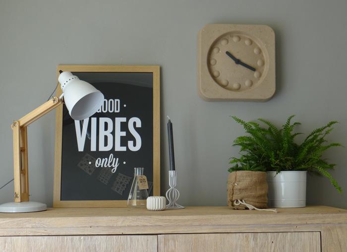 tekstposter good vibes