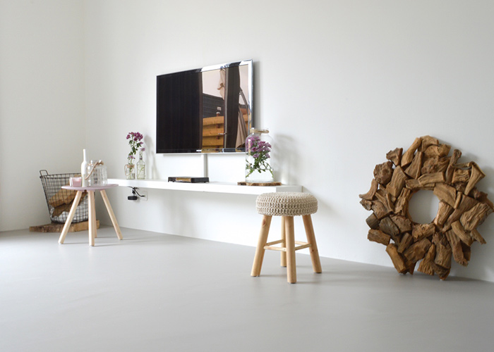 Marmeren Badkamer Tegels ~ Lichte Badkamer Inspiratie ~ Moderne badkamer met industrieel tintje