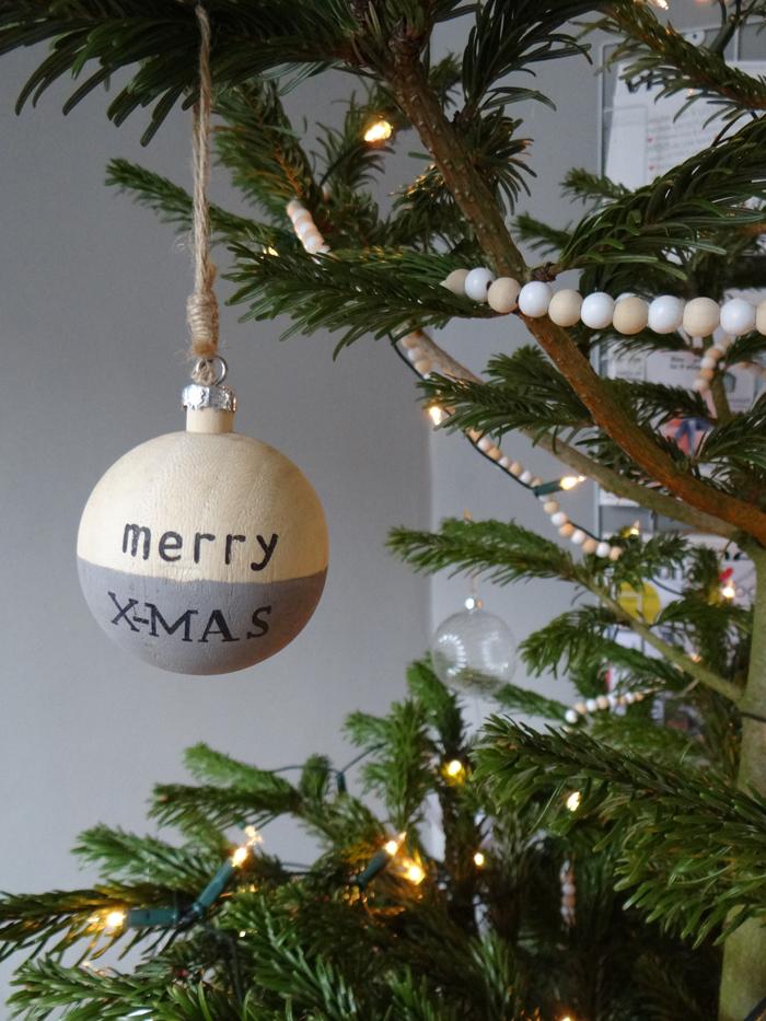 kerstbal-volledig-kerstboom