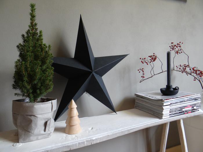 Zwarten papieren kerster