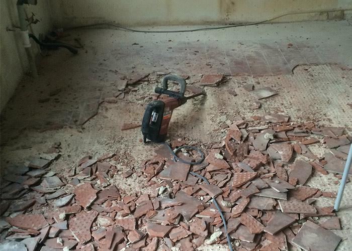 Verbouwing tegels verwijderen keuken