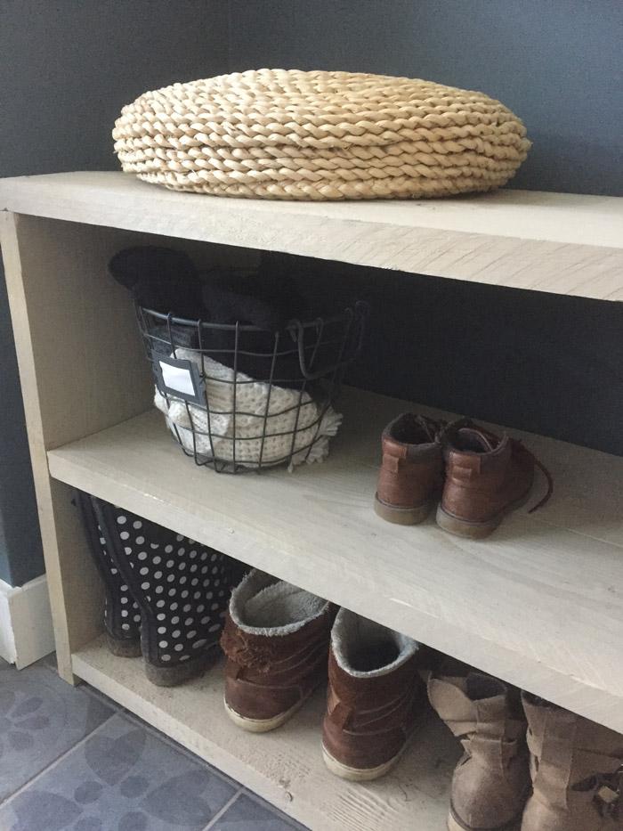 steigerhouten schoenenrek-closeup