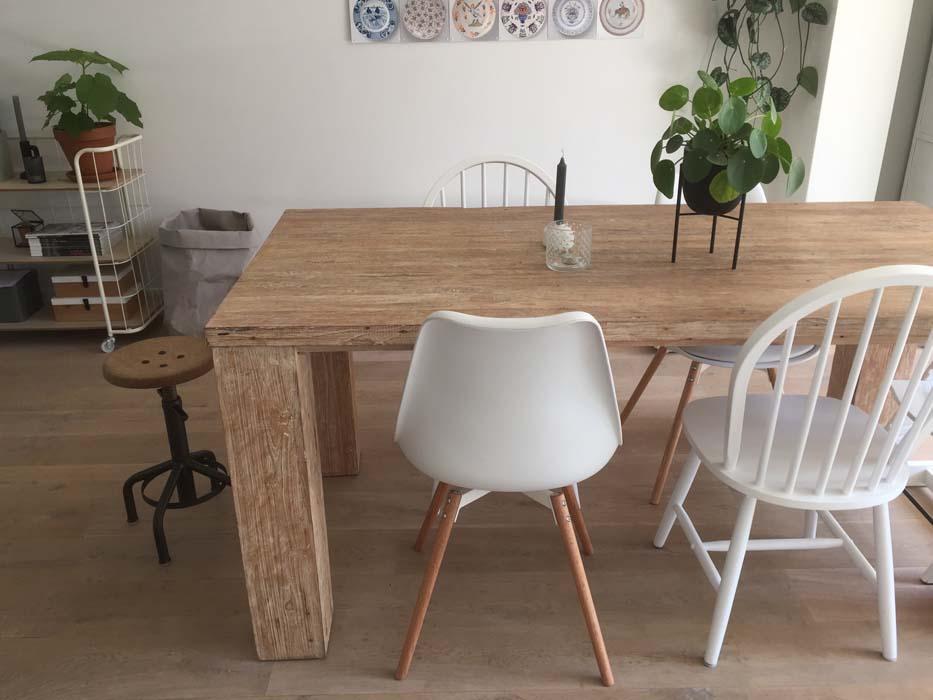 eettafel stoelen en krukje