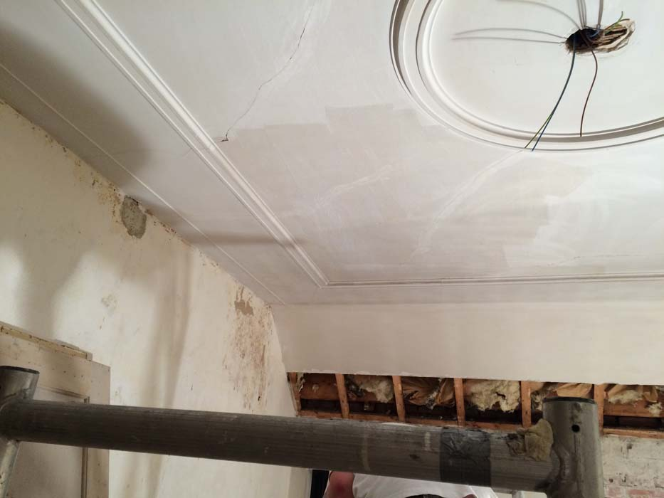scheuren dichtmaken plafond