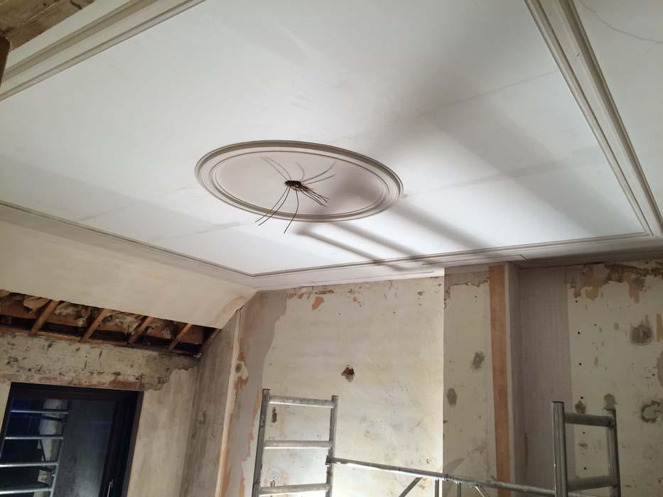 eerste deel plafond hersteld
