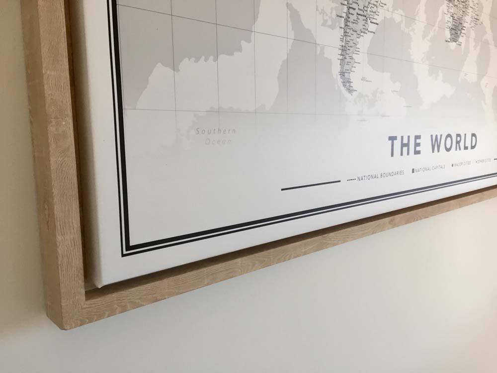 zwart wit wereldkaart closeup