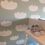 Babykamer behangen – Sneak peek van de babykamer