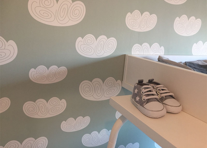 babykamer behangen