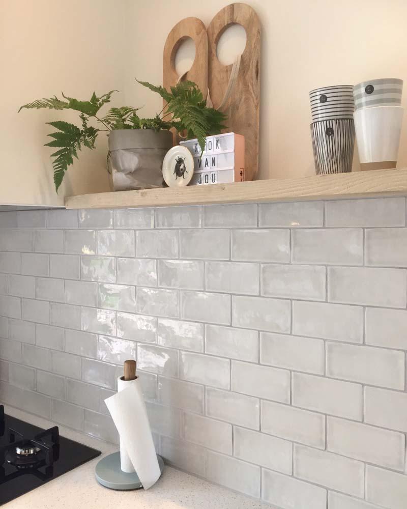 keuken glans friese witjes tegels